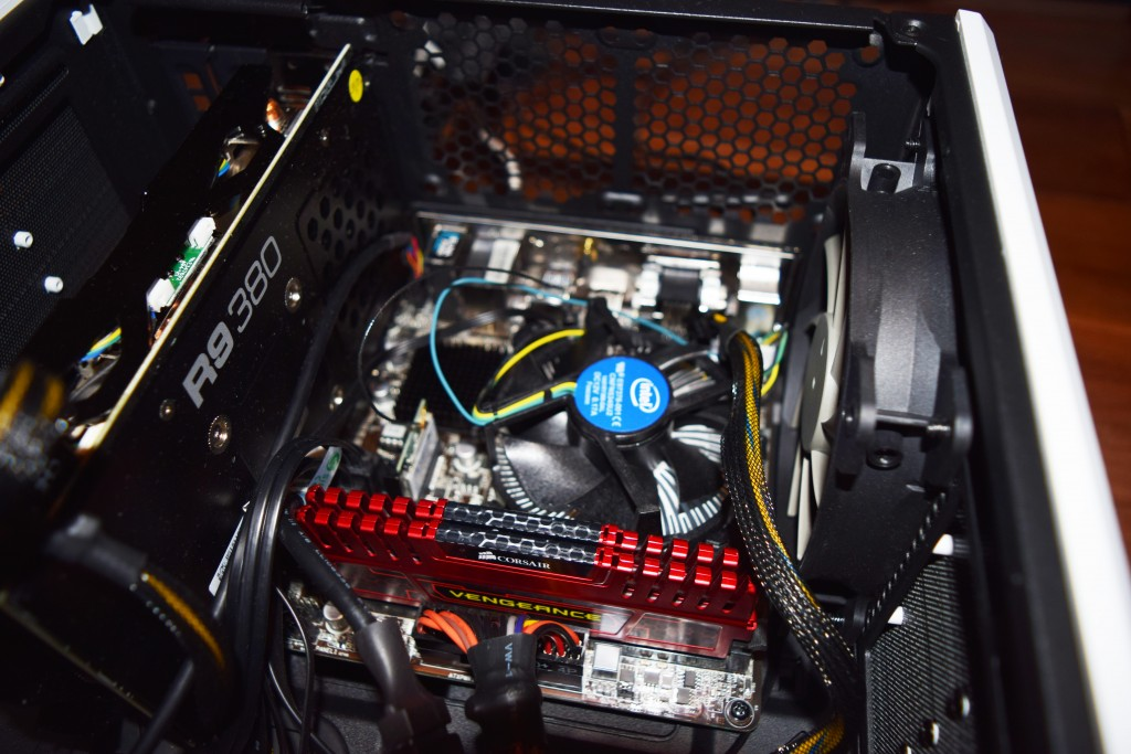 asrock mobo with radeon r9 380 and corsair vengeance RAM